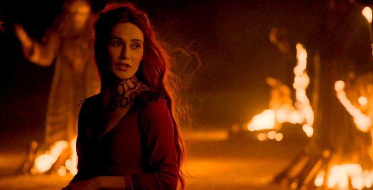 Carice van Houten als Melisandre in Game of Thrones - Staffel 3