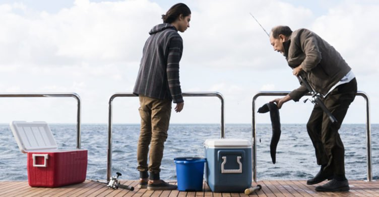 Daniel Salazar und Chris Manawa in Fear the Walking Dead - Staffel 2