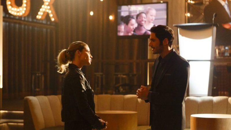Das ungleiche Team: Lucifer (Tom Ellis) und Detective Chloe Decker (Lauren German) diskutieren.