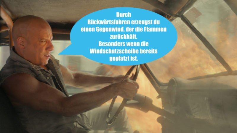 Vin Diesel als Dom Toretto fährt ein brennendes Auto