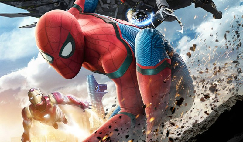 Spider-Man mit Iron Man und Vulture im Hintergrund in Spider-Man: Homecoming
