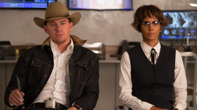 Channing Tatum und Halle Barry in einem Szenenbild für die Kritik Kingsman The Golden Circle