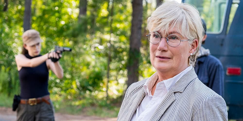 Georgie (Jayne Atkinson) in The Walking Dead Staffel 8 Episode 12