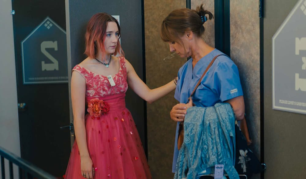 Saoirse Ronan Laurie Metcalf in Lady Bird
