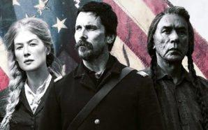 Rosamund Pike, Christian Bale und Wes Studi auf einem Plakat zu Hostiles – Feinde