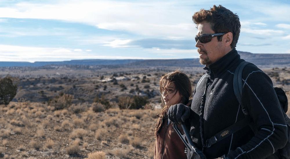 Isabela Moner und Benicio del Toro in der mexikanischen Pampa in Sicario 2