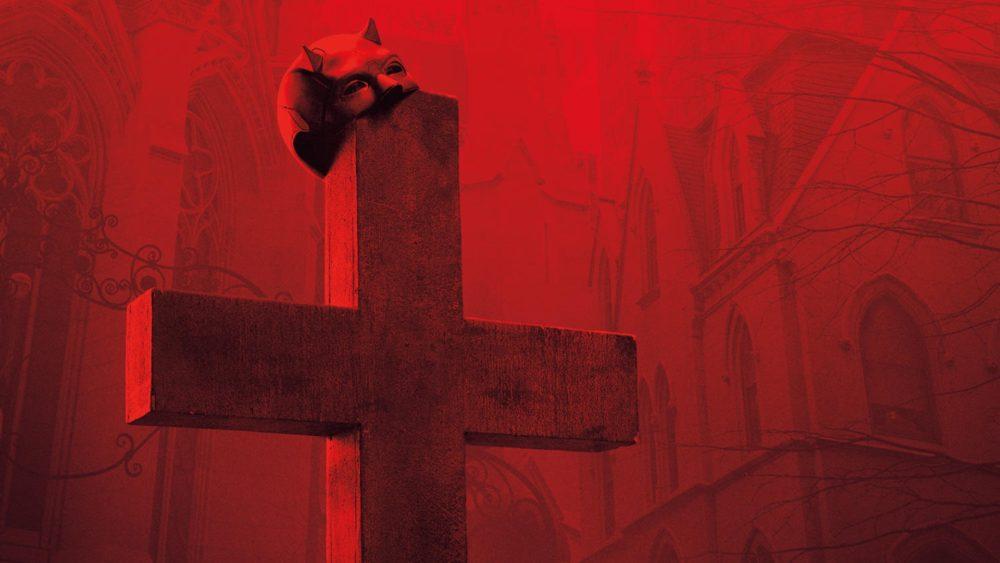 Titelbild Kritik Marvels Daredevil Staffel 3 mit Maske von Daredevil an einem Kreuz hängend