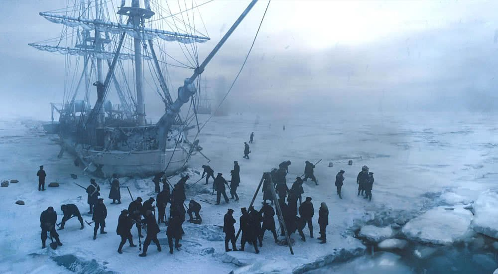 HMS Terror gefangen im Packeis in The Terror Staffel 1
