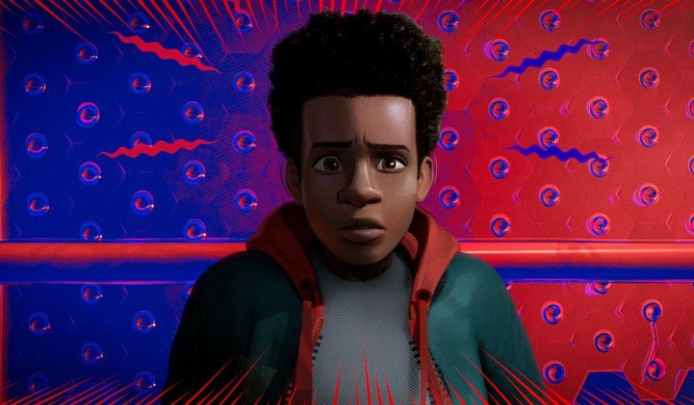 Miles Morales (Shameik Moore) entdeckt seine Spinnenfähigkeiten.
