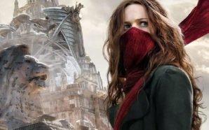 Hera Hilmar als Hester Shaw vor der Predator-City London in Mortal Engines: Krieg der Städte