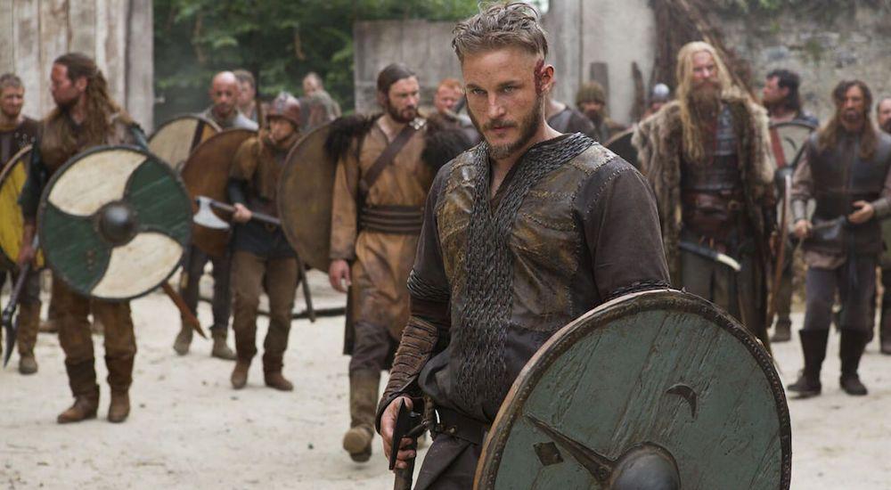 Travis Fimmel als Ragnar Lothbrok in einem Bild aus aus Vikings Staffel 1