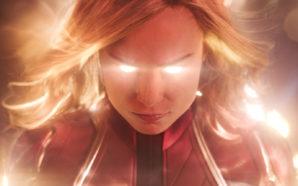 Captain Marvel (Brie Larson) mit leuchtenden Augen