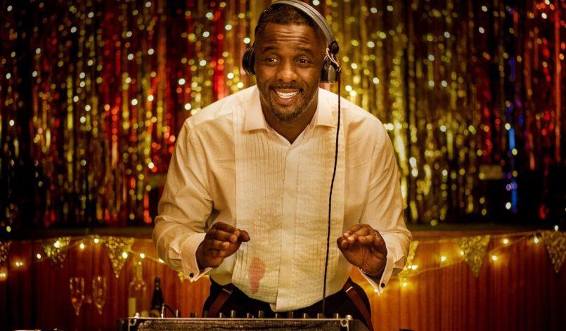 Idris Elba als DJ in einem Poster für Kritik Turn Up Charlie