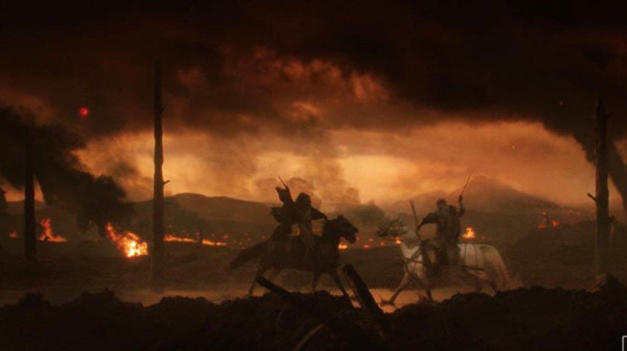 Ein Schlachtfeld des 1. Weltkriegs in einem Szenenbild für Kritik Tolkien