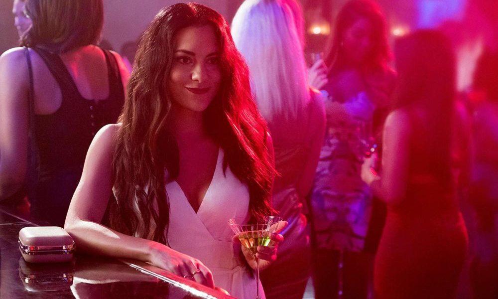 Eva (Inbar Lavi) im Nachtclub