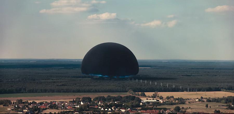 Ein schwarzes Loch über Winden in einem Szenenbild aus Dark Staffel 2