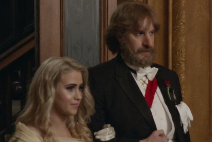 Maria Bakalova und Sacha Baron Cohen in Verkleidung in einem Szenenbild für Kritik Borat Anschluss-Moviefilm