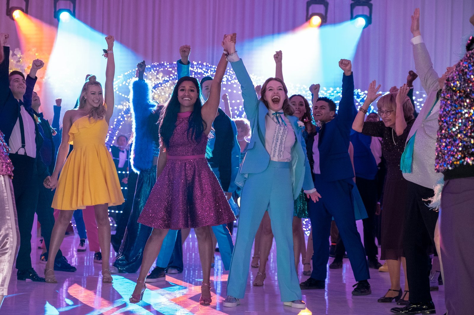 Ariana DeBose und Jo Ellen Pellman in The Prom