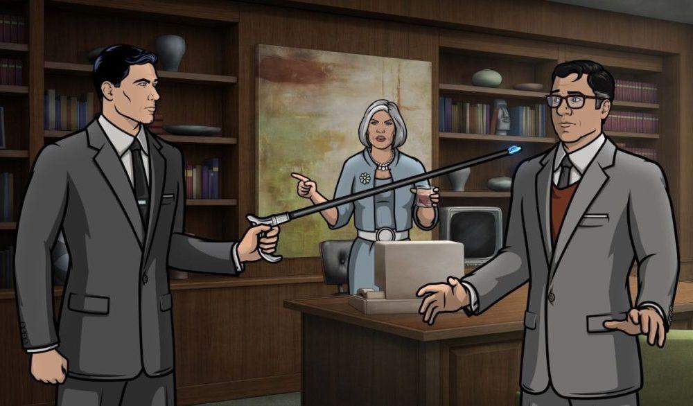 Archer (H. Jon Benjamin) bedrocht Cyril (Chris Parnell) mit seinem Gehstock