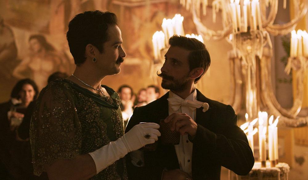 Der Ball der 41: Ignacio und Evaristo beim Ballabend