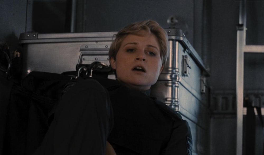 Niamh Algar als Dana Curtis in Guy Ritchies Cash Truck (2021)